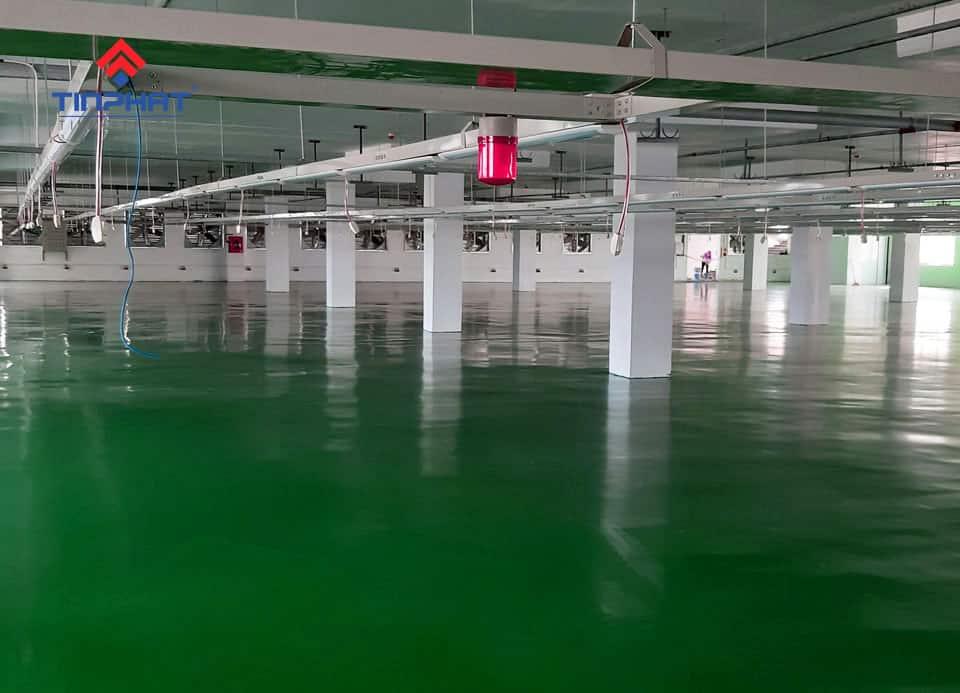 Sơn Epoxy Tín Phát mặt-sàn-epoxy-nhà-máy-may-tinh-lợi-hoàn-thiện