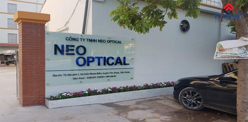 Sơn Epoxy Tín Phát son-epoxy-tai-nha-may-neo-optical