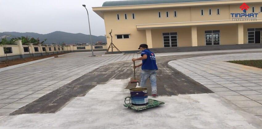 Sơn Epoxy Tín Phát thi-cong-son-epoxy-truong-vo-thi-sau-quang-ninh-3